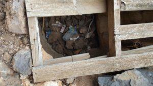 Basura en sendero Cueva Bermeja