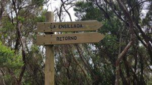 Cartel del retorno a la Ensillada que está cerca del Mirador de Cabeza del Tejo